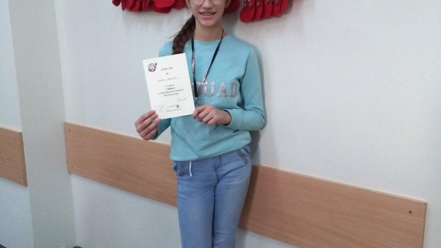 Uczennica naszej szkoły zwyciężczynią  Mikołajkowego Konkursu Matematycznego